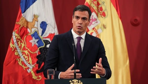 Pedro Sanchez during a joint press conference in Chile.