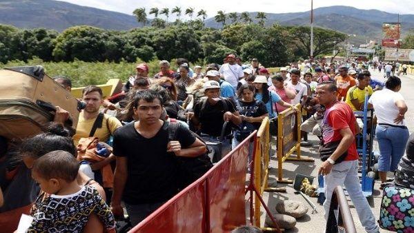CEOFANB - Venezuela un estado fallido ? - Página 38 Migrantes-frontera-colombia-compressor.jpg_1718483347