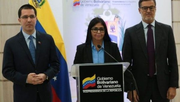 Delcy Rodríguez rejected the media campaign regarding Venezuelan migration to the representative of the International Organization for Migration.