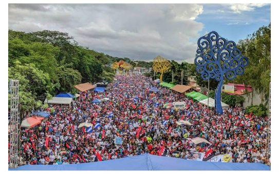 Desde el pasado sábado miles de nicaragüenses se han concentrado en las principales calles del país en respaldo al presidente Daniel Ortega.