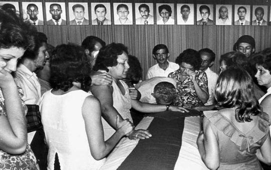42 años más tarde, las víctimas aún no se han repuesto de la pérdida y el dolor de esta acción terrorista.