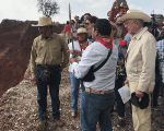 The people of Atenco and the future communications minister, visiting a mine in Tezoyuca before being kicked out by the owner. Mexico. October 10, 2018.