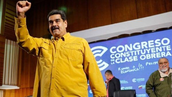 El presidente Nicolás Maduro en la ceremonia de clausura del Congreso Constituyente de la Clase Obrera en Caracas.  11 de octubre de 2018.