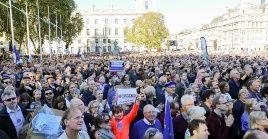 Pese a haber sido la marcha más grande registrada en los últimos 15 años en el Reino Unido, Theresa May volvió a asegurar que no realizará un nuevo referendo.