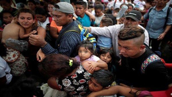 900 personas de los miles que forman la caravana, ingresaron al país de manera ilegal, comunicaron autoridades de México.