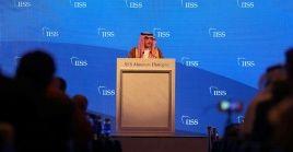 El canciller Adel al Yubeir participó en el foro Diálogo Manama en Baréin.
