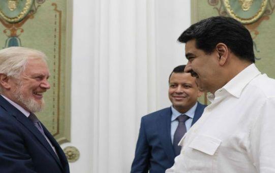 El presidente Maduro se reunió con asesores financieros deRusia y platicaron sobre el impulso del programa económico venezolano.