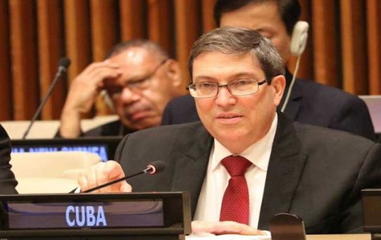 Previamente, el canciller cubano, Bruno Rodríguez denunció que la delegación norteamericana presentó ocho enmiendas para dilatar la votación.