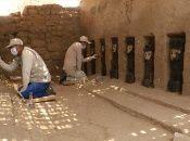Las piezas precolombinas estuvieron ocho siglos bajo tierra aproximadamente. De 10 ídolos de madera, uno resultó dañado por las termitas.