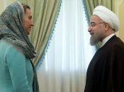 Estados Unidos impuso nuevas sanciones a Irán las que entrarán en vigencia este lunes 5 de noviembre. En la imagen, Rohaní junto a Mogherini, jefa de diplomacia de la UE, en 2016.