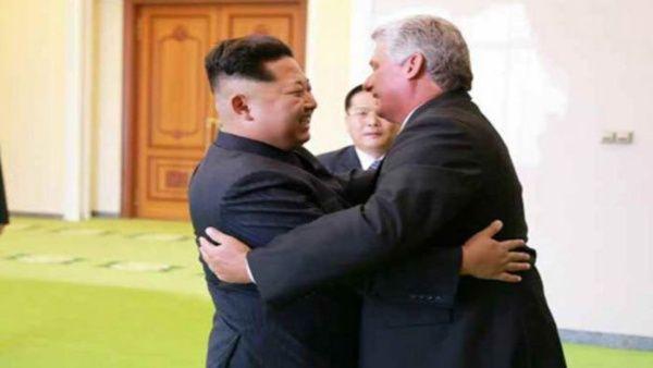 Presidente cubano es recibido por líder norcoreano en Pionyang