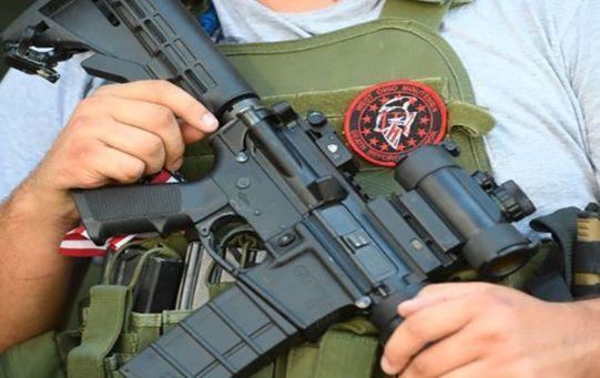 Grupos como Minutemen, Ranch Rescue, American Patrol y los Barnett Brothers, tienen más de diez años operando en la frontera sur de EE.UU.