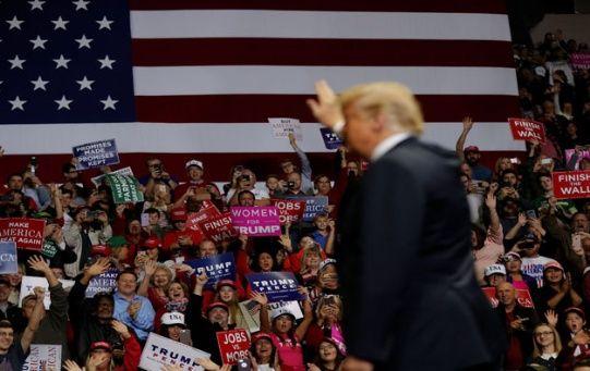 Gran cantidad de personas acudieron a los mítines liderados por Trump.