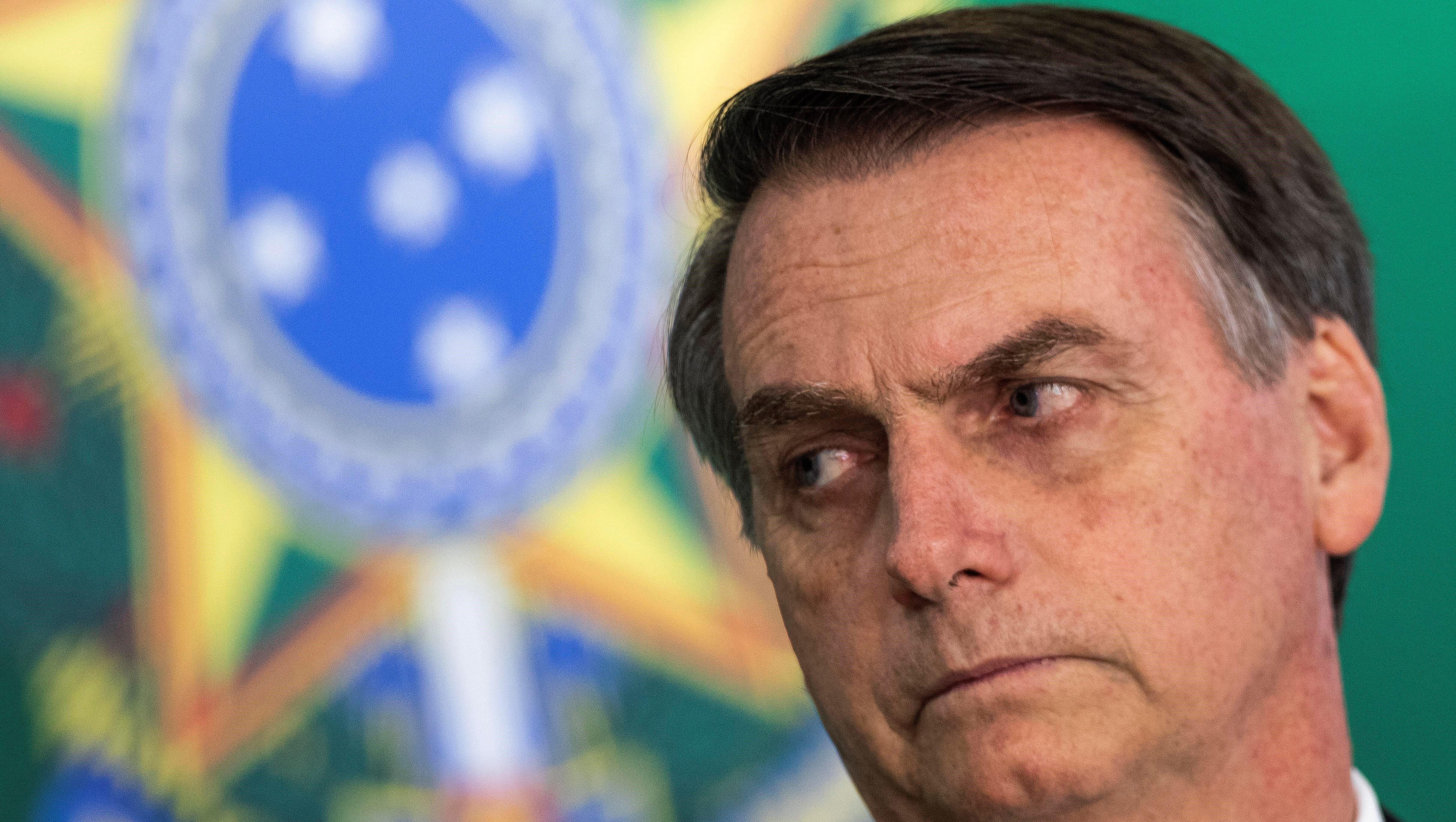 Cuba no continúa en el Programa Más Médicos de Brasil por agresiones de Bolsonaro