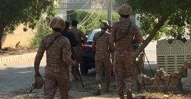 El incidente, ocurrido a las 09H25 hora local (04H25 GMT), no afectó al personal del consulado, que permanece a salvo.