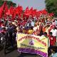 Miles de campesinos se movilizan desde Singur hasta Calcuta para demandar sus derechos y mejores condiciones laborales.