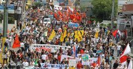 Pese a no contar con un Ejército, Costa Rica tiene un sistema de seguridad que reprime a sus habitantes. La imagen corresponde a una de las marchas contra las políticas del actual Gobierno.