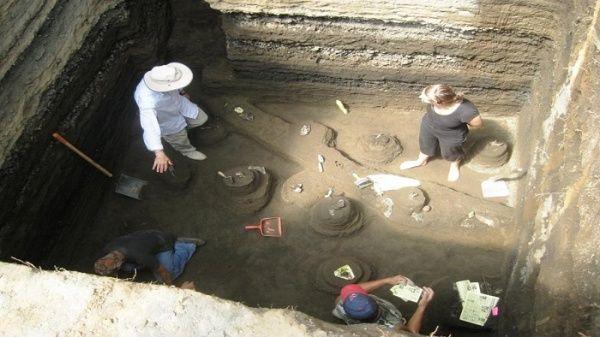 Los expertos realizarán una expedición que se extenderá hasta febrero del 2019, luego de hallarunatumbaen los antiguos terrenos Mayas.