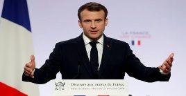 El presidente francés anunciará una serie de medidas para atender las demandas de los Chalecos Amarillos