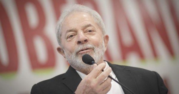 Actualmente, Lula está preso en una cárcel de la ciudad de Curitiba, en la que cumple una condena de 12 años y un mes por supuesta corrupción pasiva y lavado de dinero.
