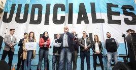 Los trabajadores judiciales advirtieron que podrían radicalizar la medida de fuerza sino reciben atención del Gobierno de Mauricio Macri.