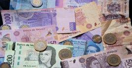 El nuevo salario fue acordado entre el Banco de México, empresarios y el sector obrero del país de forma unánime, según precisó el mandatario.