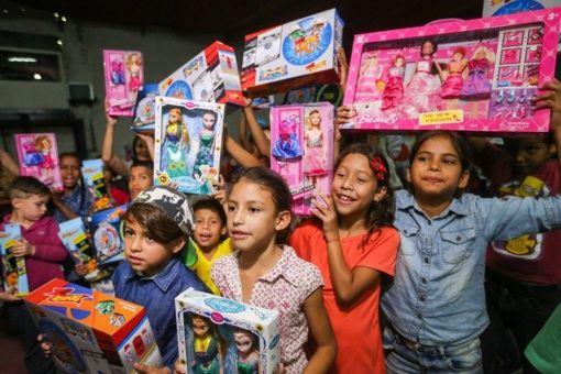 Gobierno De Venezuela Entrega Juguetes Para Millones De Niños
