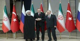 Rohaní, Erdogan y Putin han mantenidos encuentros para avanzar en el proceso de paz sirio.