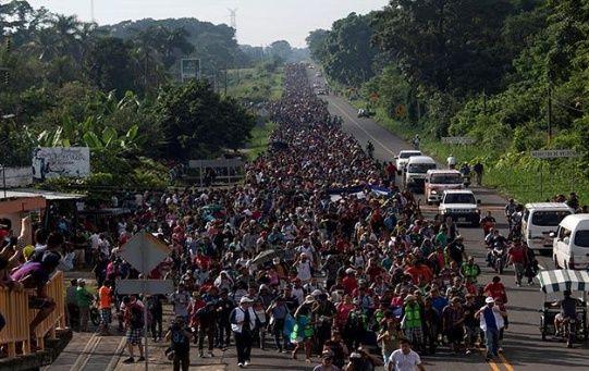 Los migrantes centroamericanos huyen de la violencia en sus países.