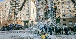Las autoridades rusas indicaron que el hecho se produjo tras la explosión de gas que causó el desplome de siete pisos del edificio.