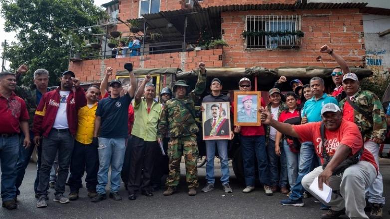 El pueblo chavista del barrio 23 de enero de Caracas aseguró que acompañará a su presidente Maduro durante su juramentación, y defenderán la Patria y el mandato popular.