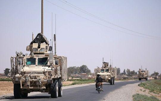 Tropas estadounidenses inician la retirada del territorio sirio.