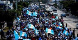 """La denominada """"Marcha por la Justicia y la Democracia"""" fue convocada a través de las redes por organizaciones sociales, artísticas y religiosas."""