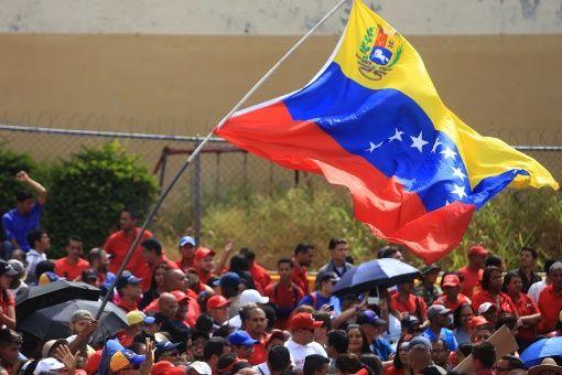 El comunicado destaca que en Venezuela está vigente la institucionalidad constitucional mediante el funcionamiento de todos sus poderes públicos.