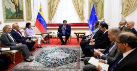 """El Ejecutivo venezolano aseveró que hablaron sobre """"temas de interés común y abrimos canales de diálogo y de entendimiento""""."""