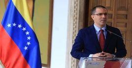 El canciller Arreaza señaló que su país ha respetado los derechos de los ciudadanos ecuatorianos