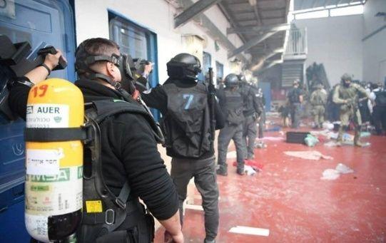 Cerca de 1200 palestinos alberga la prisión de Ofer, siendo en su mayoría menores de edad.