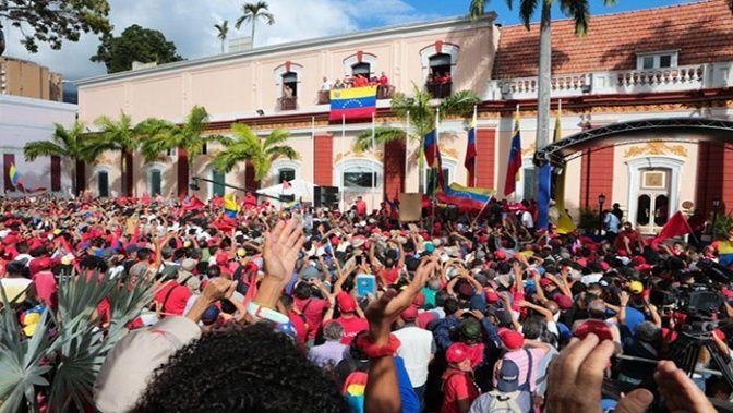 Maduro anuncia ruptura de relaciones diplomáticas con EE.UU. (+ Fotos)