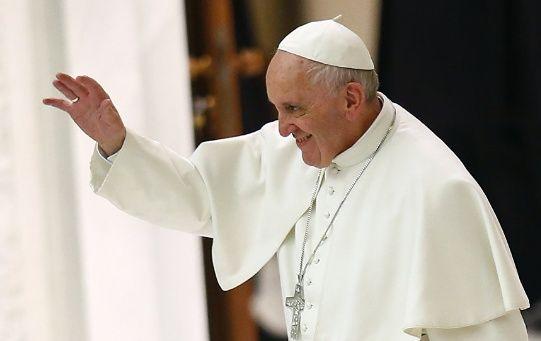 El viernes, el Papa ofreció un discurso a 250.000 jóvenes y mantuvo una reunión con 150 menores privados de libertad.