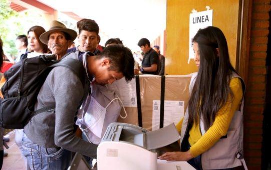 El Tribunal Supremo Electoral (TSE) informó que habilitaron 7.387 mesas que funcionarán en 3.751 recintos dispuestos para el ejercicio del voto.