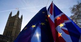 El Parlamento deberá aprobar las enmiendas al plan alternativo del brexit presentado por Theresa May.