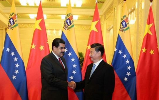 China reiteró su respaldo al presidente venezolano ante los planes injerencistas de EE.UU.