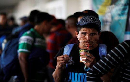 El nuevo gobierno deberá adoptar políticas para evitar la migración de salvadoreños hacia EE.UU.