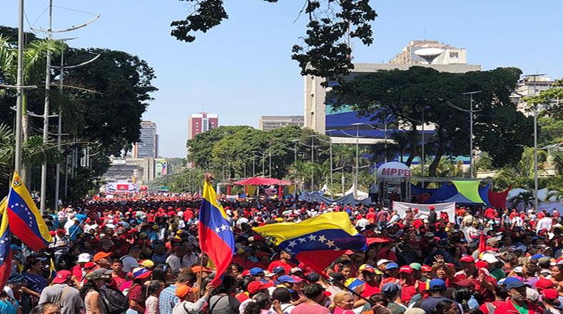 El pueblo chavista demostró su fuerza de movilización ante las nuevas agresiones del imperialismo estadounidense.