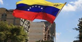 Estados Unidos ha impulsado un golpe de Estado en Venezuela mediante el reconocimiento de un diputado autoproclamado como presidente.