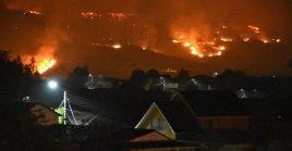 El Gobierno chileno destacó que fueron convocados más de 600brigadistas y más de 200 voluntarios de bomberos para combatir el fuego.