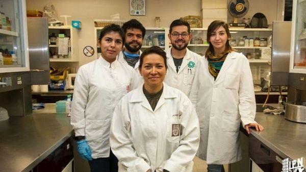 Eva Ramón Gallegos es la científica que descubrió la cura del virus de papiloma humano.