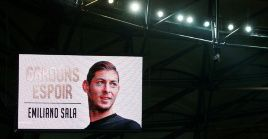 World pays tribute to Argentine footballer Emiliano Sala.