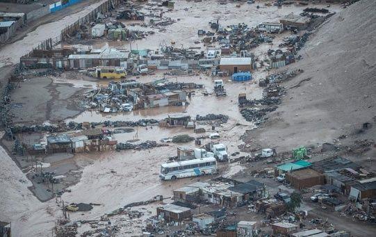 Según Piñera, hasta el momento existen 820 viviendas con daños menores, 78 con daños mayores y 75 casas destruidas a causa de las precipitaciones.