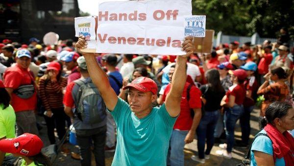 L'autoproclamazione di Juan Guaidó con il sostegno degli Stati Uniti e il blocco finanziario contro il Venezuela fanno parte del continuo colpo di stato. | Foto: Reuters